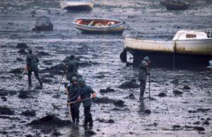 Erika Valletta zorgt voor milieuvervuiling bij de Guérande, de baai waar oesters en Keltisch zeezout vandaan komen.