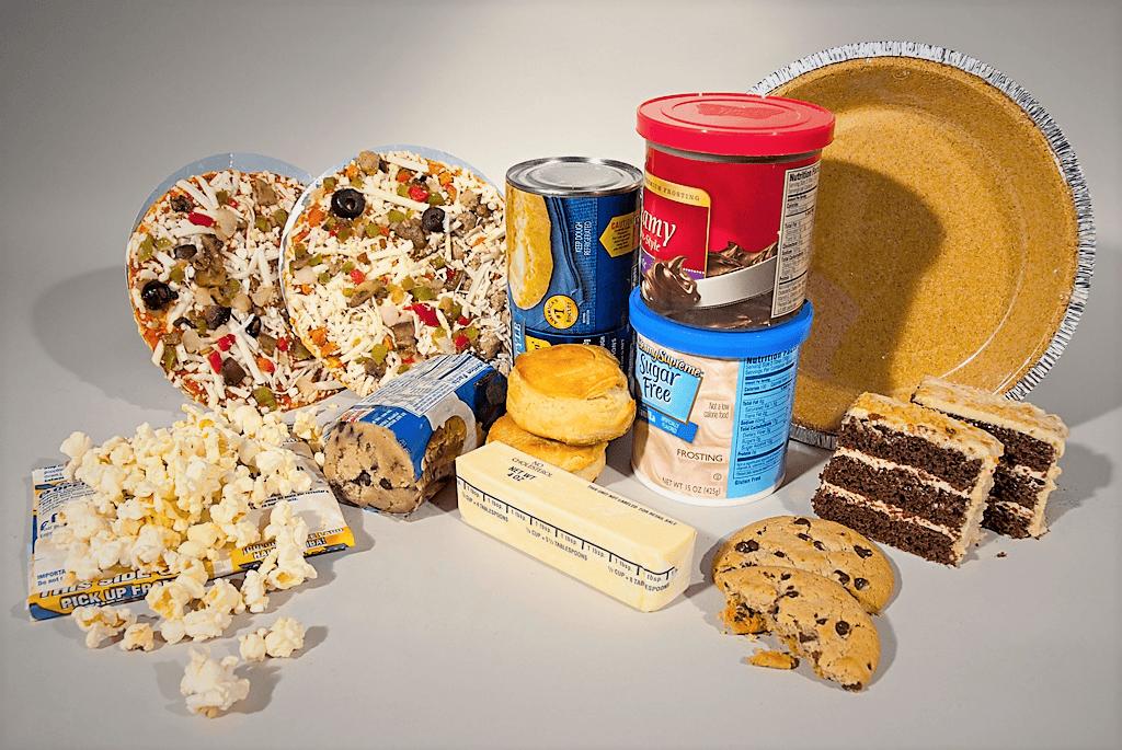 Ne choisissez pas la margarine, un beurre en plastique malsain plein de gras trans, d'acides gras chimiques