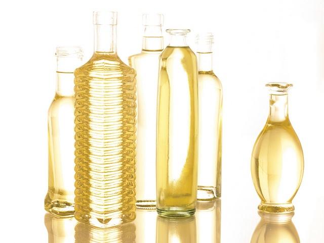 Types de graisses: oméga 3, huile, graisses saturées, lipides, acides gras, graisses insaturées ...